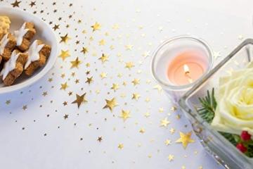 100% Mosel Tischläufer Sterne, in Gold (28 cm x 5 m), Tischband aus Organza, edle Tischdeko für Weihnachten & Adventszeit, festliche Dekoration zu besonderen Anlässen - 2