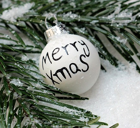 christbaumkugeln_weiß