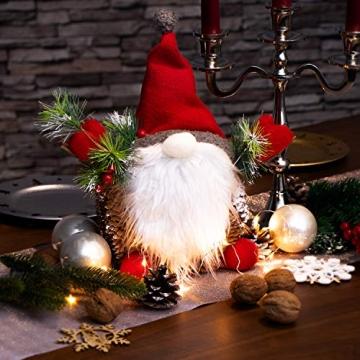 com-four® Weihnachtsmannfigur Größe XL, winterliche Santa Claus-Figur mit Tannenzapfenkörper, weihnachtliche Dekoration, hinreißende Tischdeko zur Adventszeit (Santa XL rot grün) - 2