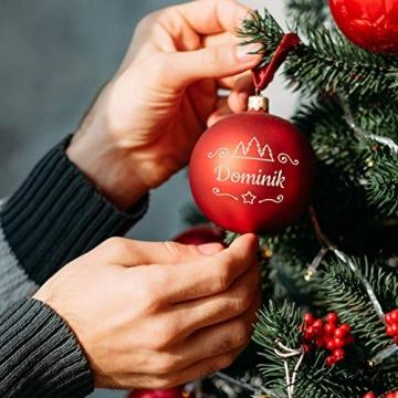 Deitert Weihnachtskugel mit Wunschtext Gravur, Ø 8cm, Personalisierte Christbaumkugel aus Glas (matt), Individueller Weihnachtsbaumschmuck Namen oder Spruch, Rot - 3