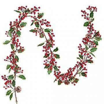 YQing 213cm Beerengirlande Stechpalme Deko, Girlanden Weihnachten mit Tannenzapfen und grünen Blättern, Künstliche Rote Beerengirlande für Urlaub, Kamin, Treppe, Tischdekoration - 1
