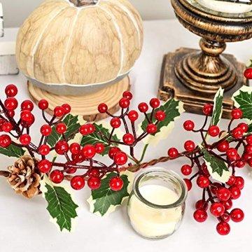 YQing 213cm Beerengirlande Stechpalme Deko, Girlanden Weihnachten mit Tannenzapfen und grünen Blättern, Künstliche Rote Beerengirlande für Urlaub, Kamin, Treppe, Tischdekoration - 5