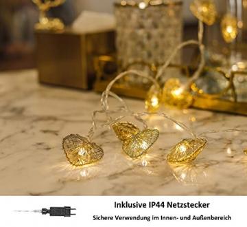 CozyHome LED Lichterkette Herz – 5m strombetrieben   20 Herzen warmweiß   Led Herz Strom   Tumblr Deko für: Mädchen Schlafzimmer, Hochzeit, Schminktisch   Rosa Gold Lichterketten mit Stecker - 2