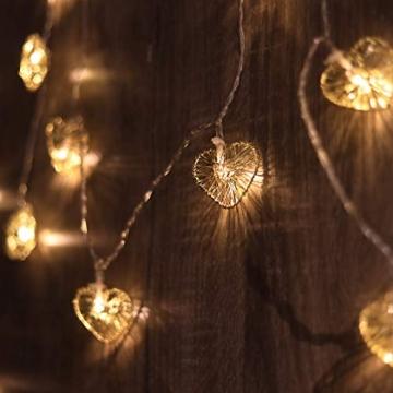 CozyHome LED Lichterkette Herz – 5m strombetrieben   20 Herzen warmweiß   Led Herz Strom   Tumblr Deko für: Mädchen Schlafzimmer, Hochzeit, Schminktisch   Rosa Gold Lichterketten mit Stecker - 4