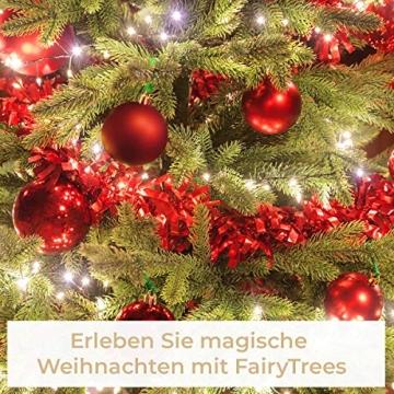 FairyTrees künstlicher Weihnachtsbaum Slim, Kiefer Natur-Weiss beschneit, Material PVC, echte Tannenzapfen, inkl. Holzständer, 180cm, FT09-180 - 6