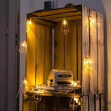 Kupfer geometrische LED Lichterkette – 4 Meter | Mit Netzstecker NICHT batterie-betrieben | 10 LEDs warm-weiß | rose gold pyramidenform - kein austauschen der Batterien | Rosegold Deko von CozyHome - 3