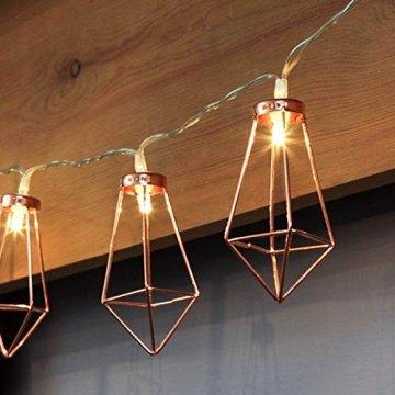 Kupfer geometrische LED Lichterkette – 4 Meter | Mit Netzstecker NICHT batterie-betrieben | 10 LEDs warm-weiß | rose gold pyramidenform - kein austauschen der Batterien | Rosegold Deko von CozyHome - 1