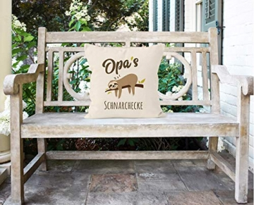 MoonWorks® Kissen-Bezug Spruch Opa's Oma's Mama's Papa's Schnarchecke Faultier Print Kissen-Hülle Deko-Kissen Baumwolle Opa Natur Unisize - 5