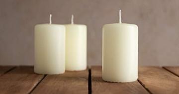 Papstar Stumpenkerze / Säulenkerze weiß (10 Stück) Durchmesser 4 cm, Höhe 9 cm, lange Brenndauer ca. 9 Stunden, rußfreies Abbrennen, für Gastronomie, Geburtstage und Feiern, #17915 - 3