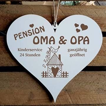 Schild Herz Spruch - Pension Oma & Opa ganzjährig geöffnet - Holzschild Türschild 13x12cm | Dekolando Home Accessoires - 1