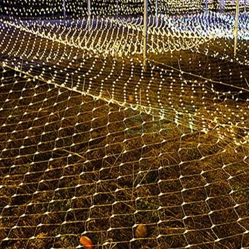 Solar Außen Lichternetz, Lichterkette Netz Lichtervorhang 1.5x1.5m Weihnachten Lichterkette Verknüpfbar mit Fernbedienung & Timer 8 Modi für Zimmer Weihnachten Deko(Warmweiß) - 6