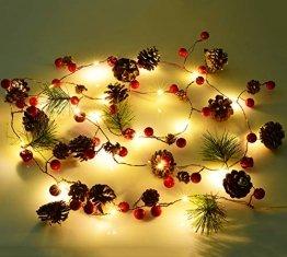 YQing 204cm Weihnachtskiefer Girlande, Weihnachtsgirlande mit LED,Rote Beeren, Kiefernzapfen, Beerengirlande Deko für Kamin-Tür-Winter-Innendekoration im Freien - 1