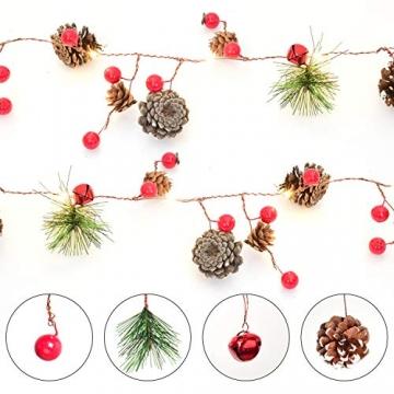 YQing 204cm Weihnachtskiefer Girlande, Weihnachtsgirlande mit LED,Rote Beeren, Kiefernzapfen, Beerengirlande Deko für Kamin-Tür-Winter-Innendekoration im Freien - 5