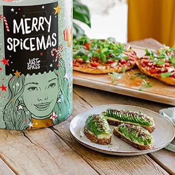 Just Spices Gewürz Adventskalender 2021 I Weihnachtskalender mit 24 Gewürzmischungen + brandneues Kochbuch I Hochwertige Gewürze als Geschenk für Männer und Frauen I insgesamt 4,5 kg - 2