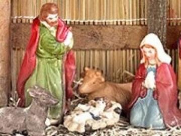 PEARL Weihnachtskrippe: Weihnachts-Krippe (10-teilig) mit handbemalten Porzellan-Figuren (Weihnachtskrippen Figuren) - 7